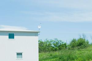 方形屋根の家