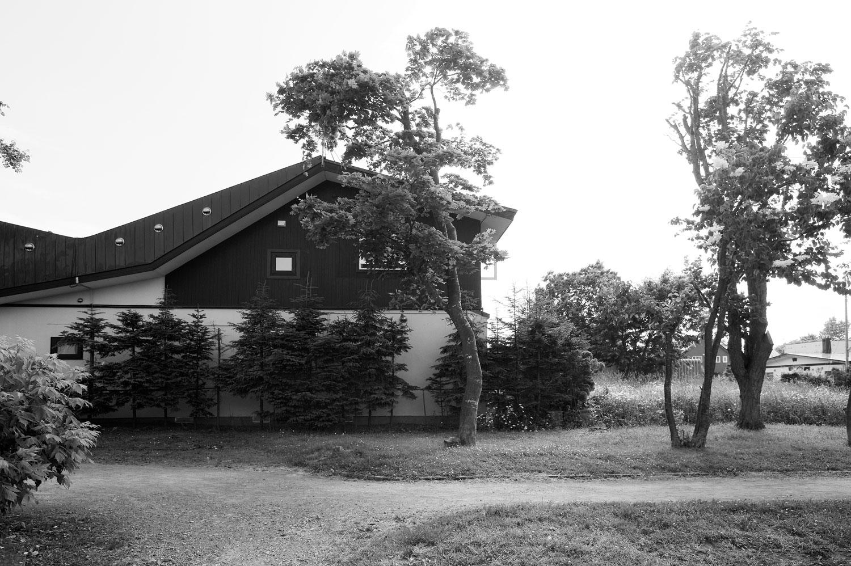 公園沿いの家